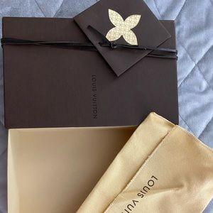 Louis Vuitton Wallet Box, dust bag, shopping bag.